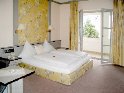 hotel h ckmayr eching bei m nchen 089 319 742 0 zimmer frei. Black Bedroom Furniture Sets. Home Design Ideas